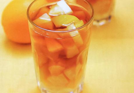 освежающий напитки: чай со льдом и фруктами рецепт из Вьетнама