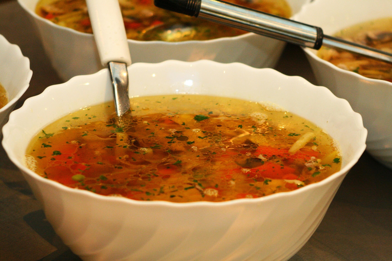 Как приготовить грибной суп из лисичек: простой рецепт