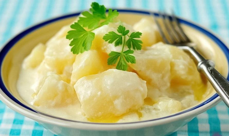 Картофель тушеный в молоке