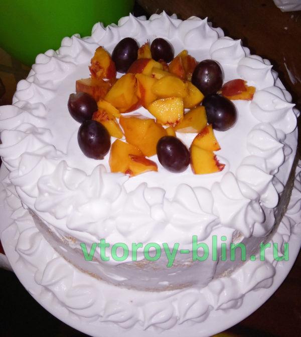рецепт бисквитного торта со взбитыми сливками