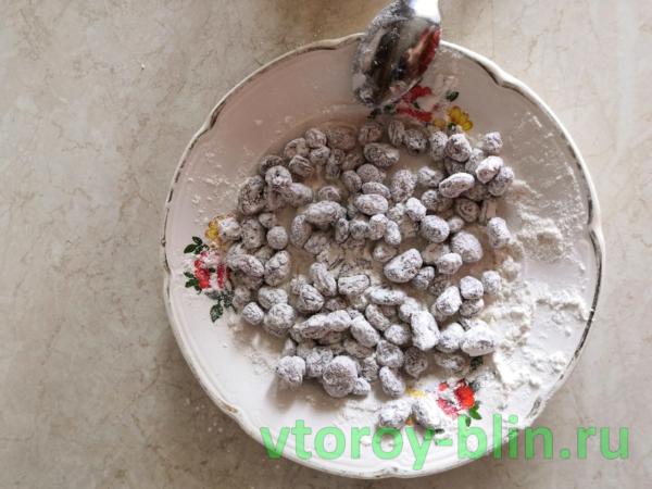 пошаговый рецепт вкусных домашних кексов с изюмом с фото