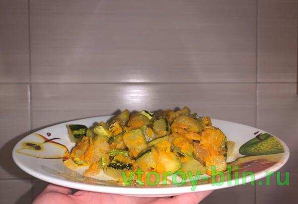 как потушить кабачки вкусно рецепт с фото