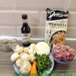 Фунчоза с фаршем и овощами