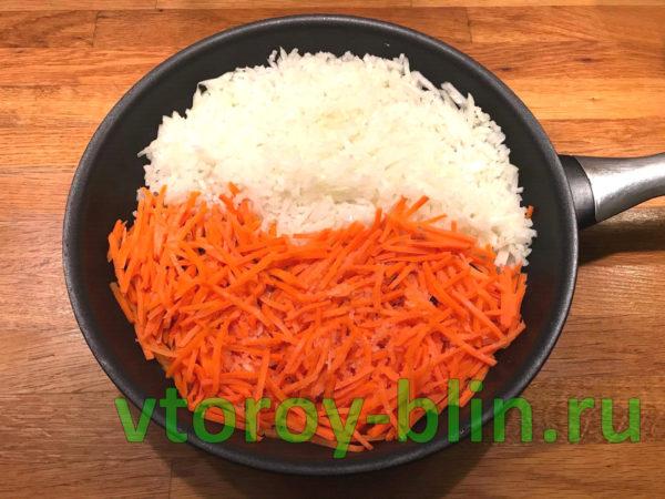 Минтай под маринадом из моркови и лука в духовке